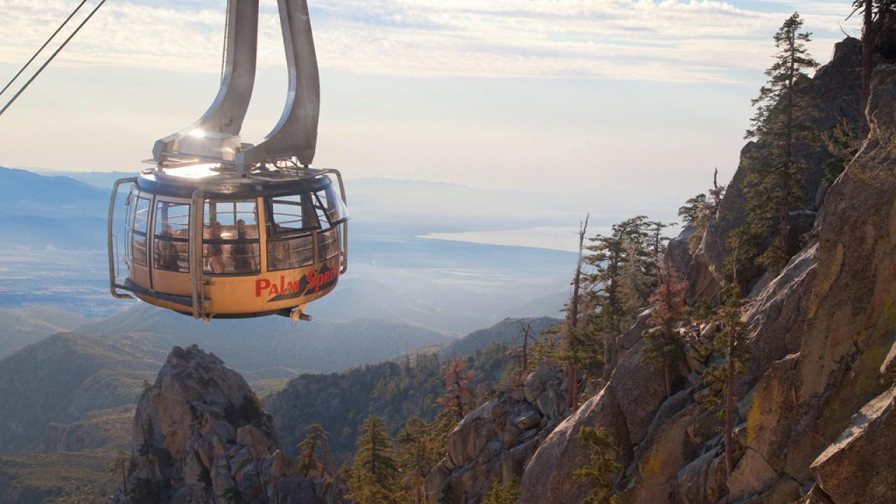 Palm Springs世界最大旋轉全景空中纜車,重新開放啦!