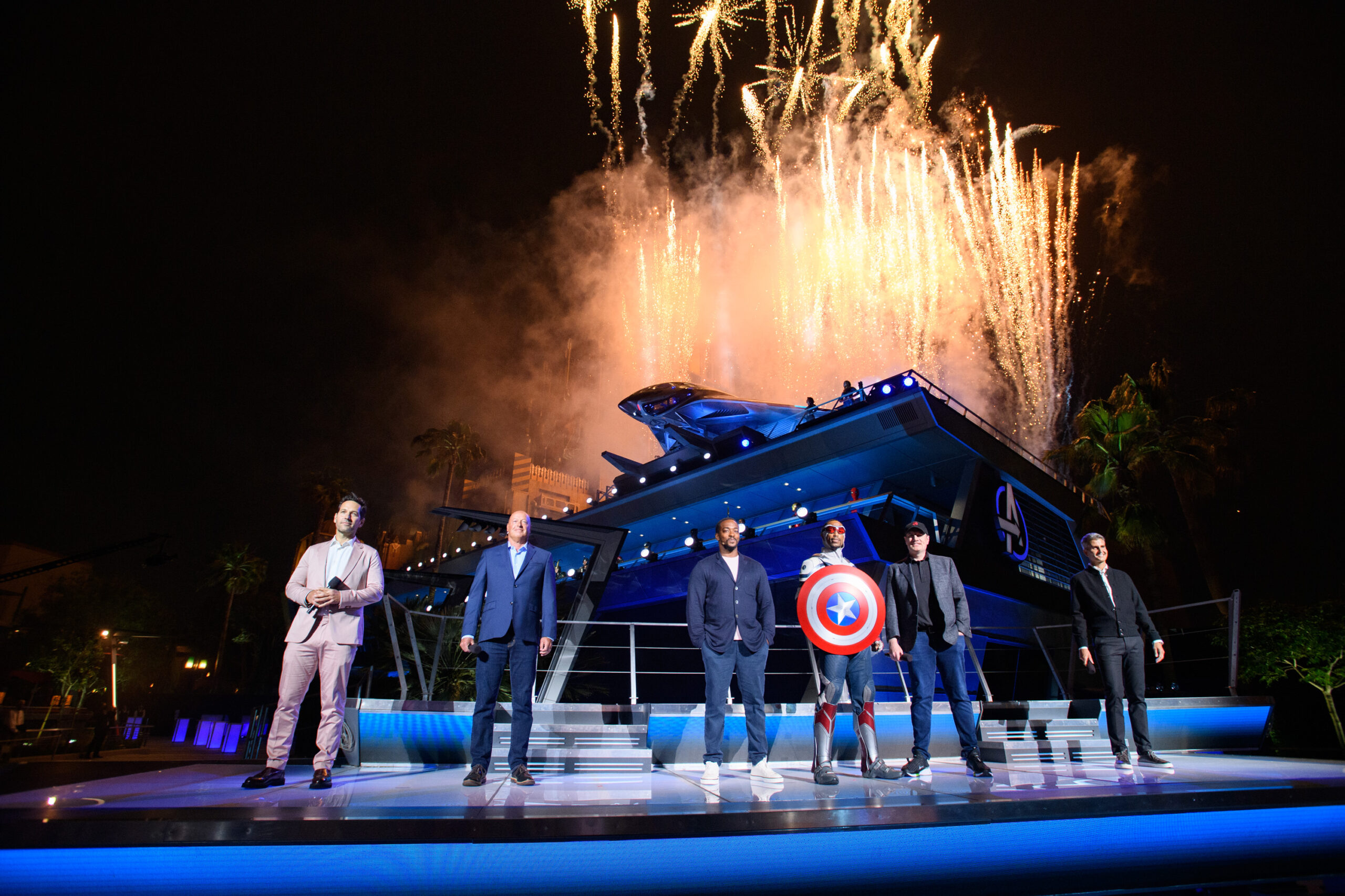 史詩般的盛大開幕儀式——復仇者聯盟園區在迪斯尼加州冒險樂園揭開面紗,該園區將於2021年6月4日在迪斯尼樂園度假村首次亮相!