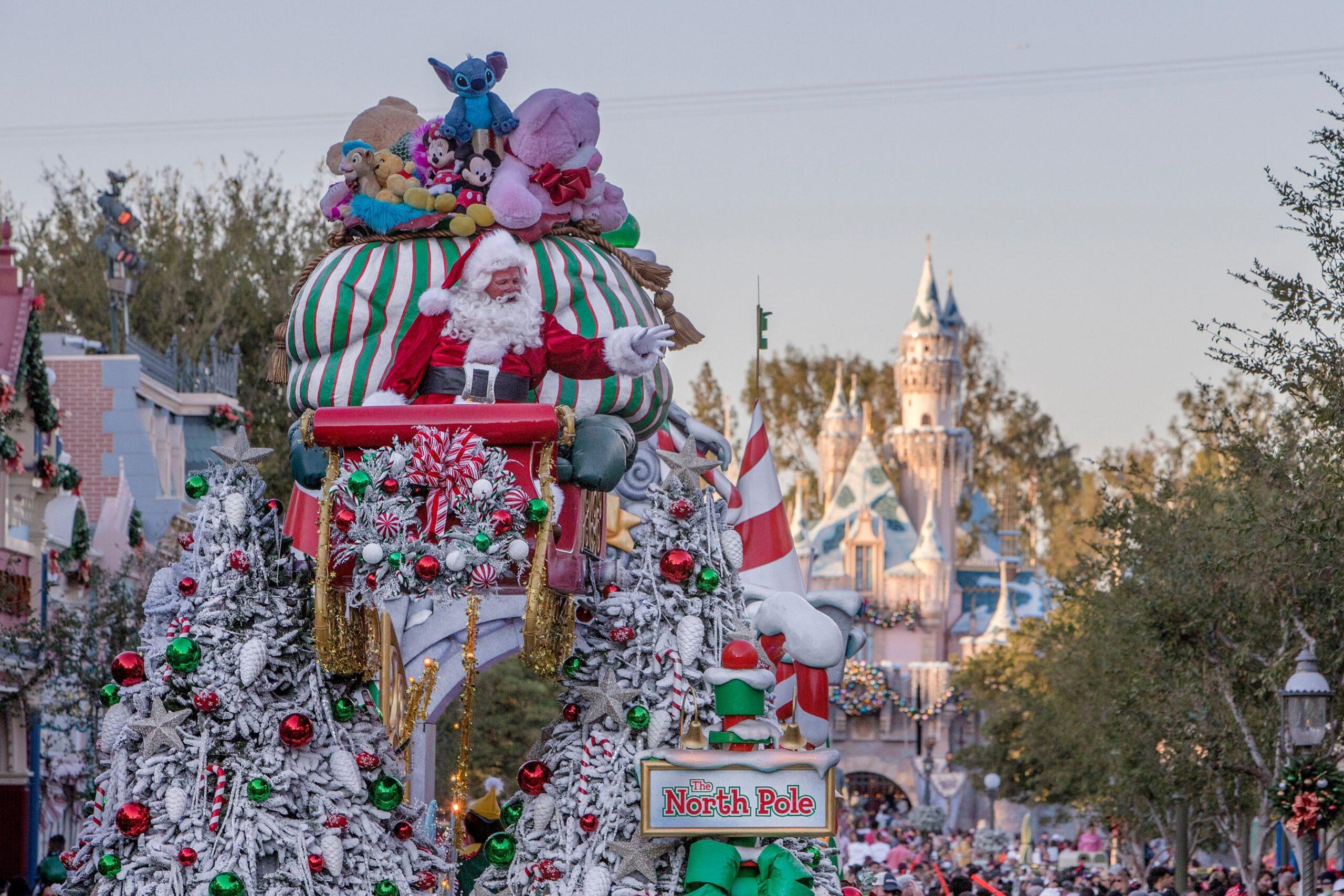 🧡與心愛的人一起在迪士尼樂園度假區慶祝節假日